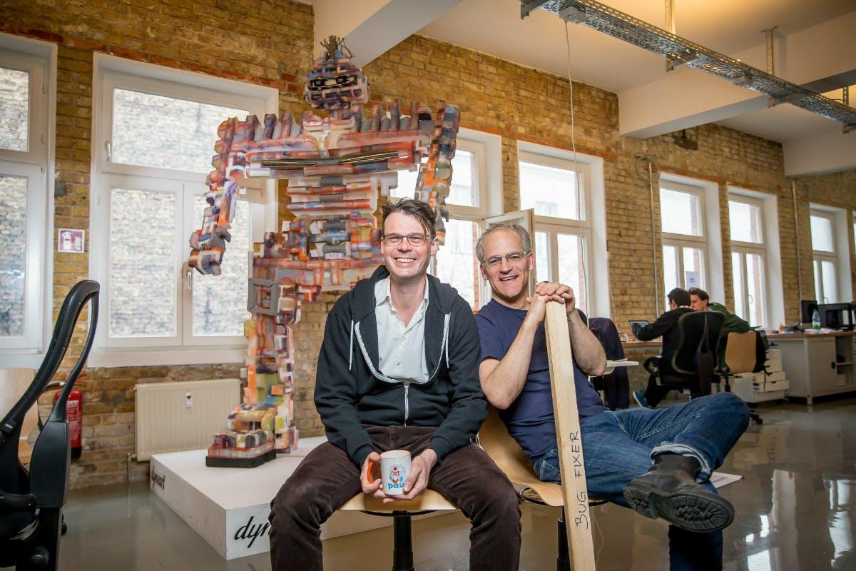 Paul Hopton und Jackson Bond haben das Startup Relayr mitgegründet.  (Foto: Michael Hübner)