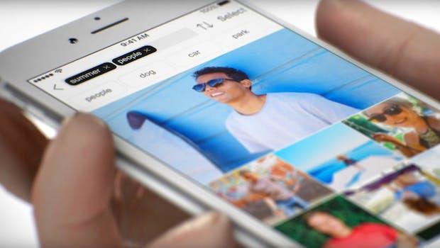 Die Foto-App The Roll vergibt automatisch Keywords, die zu euren Bildern passen. (Screenshot: eyeEm)