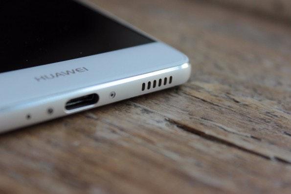 Der Monolautsprecher des Huawei P9 klingt eher flach. (Foto: t3n)