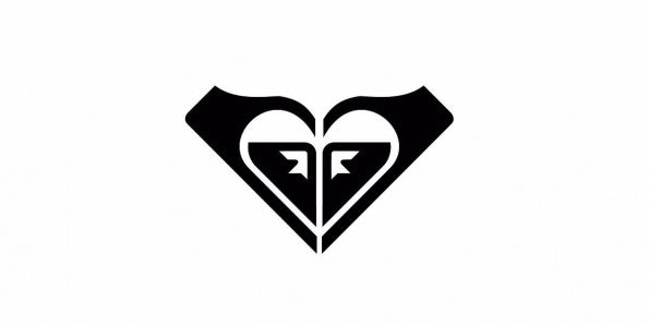 (Logo: Roxy)