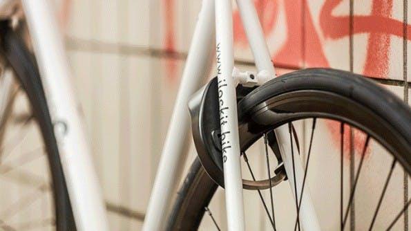 Smartes Fahrradschloss öffnet sich automatisch, wenn der Nutzer sich nähert. (Foto: Haveltec)
