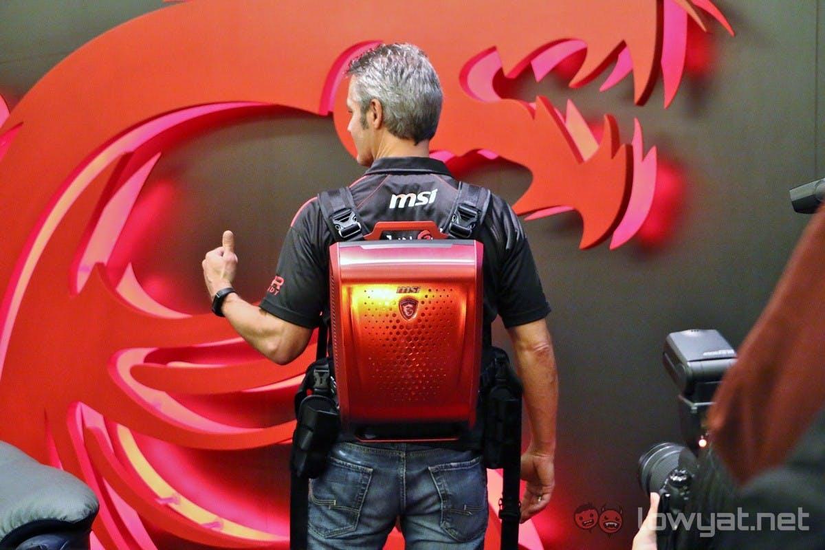 Backpack-PCs für VR-Brillen: HP, MSI und Co. wollen euch Rechner auf den Rücken schnallen