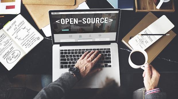 Mit Open-Source-Software Geld verdienen: Dieser quelloffene Guide zeigt, wie's geht