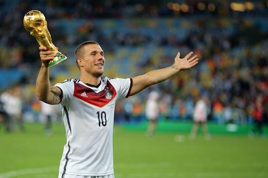Lernen von Lukas Podolski: Warum ein Low Performer goldwert für das Team sein kann [Kommentar]