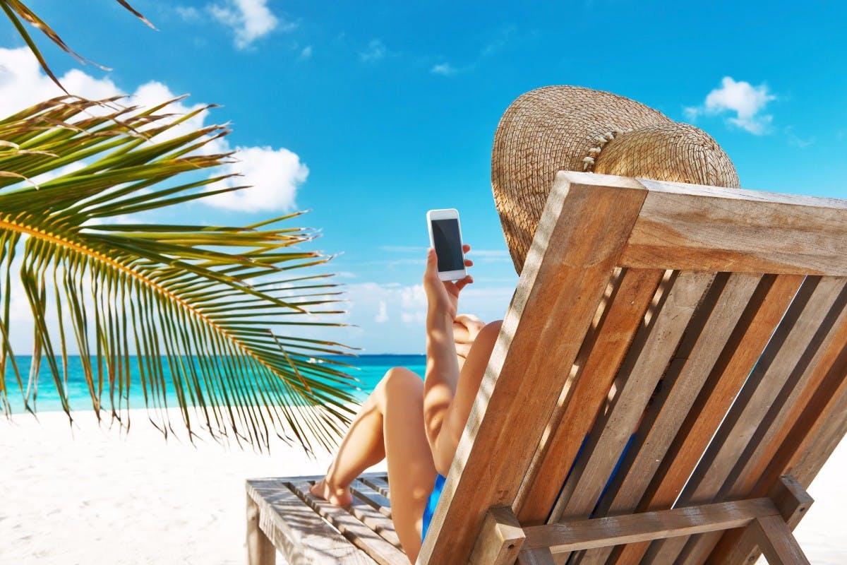 Mit dem Smartphone in den Urlaub: Darauf solltet ihr achten
