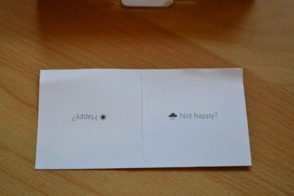"""Die Vorderseite der """"Happy Card"""". (Foto: Jochen G. Fuchs)"""