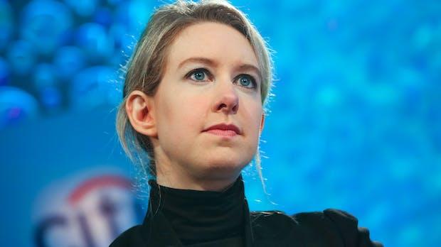 Betrugsvorwurf: Theranos-Gründerin Elizabeth Holmes zahlt 500.000 Dollar Strafe