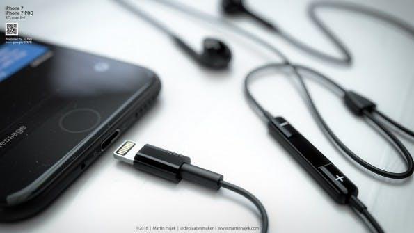 iPhone 7 in Schwarz mit Lightning-Kopfhörer. (Bild: Martin Hajek)