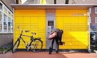 Fast verdoppelt: Post stellt 3.000 zusätzliche Packstationen für Pakete auf