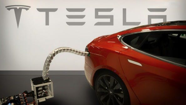 Neues Akkupack soll Tesla Model S auf über 600 Kilometer bringen. (Foto: Tesla)