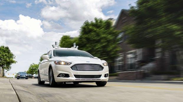 Ohne Lenkrad und Bremse: Ford will bis 2021 selbstfahrende Autos auf die Straßen bringen