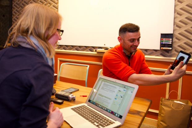 Gary Vaynerchuk im Gespräch mit t3n in London. (Foto: Ricky Darko / Heisenberg Media)