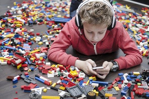 Technikfeinde sind eine Gefahr für unsere Kinder – nicht Smartphones