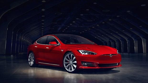 100 Kwh Akkupack Tesla Model S P100d Schafft Bald 613 Kilometer