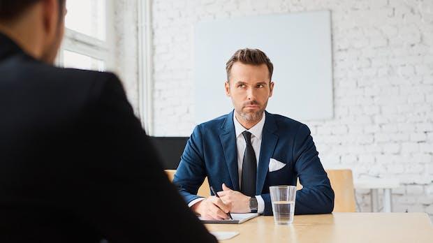 Punkten im Vorstellungsgespräch: Zum richtigen Gehalt in drei Schritten