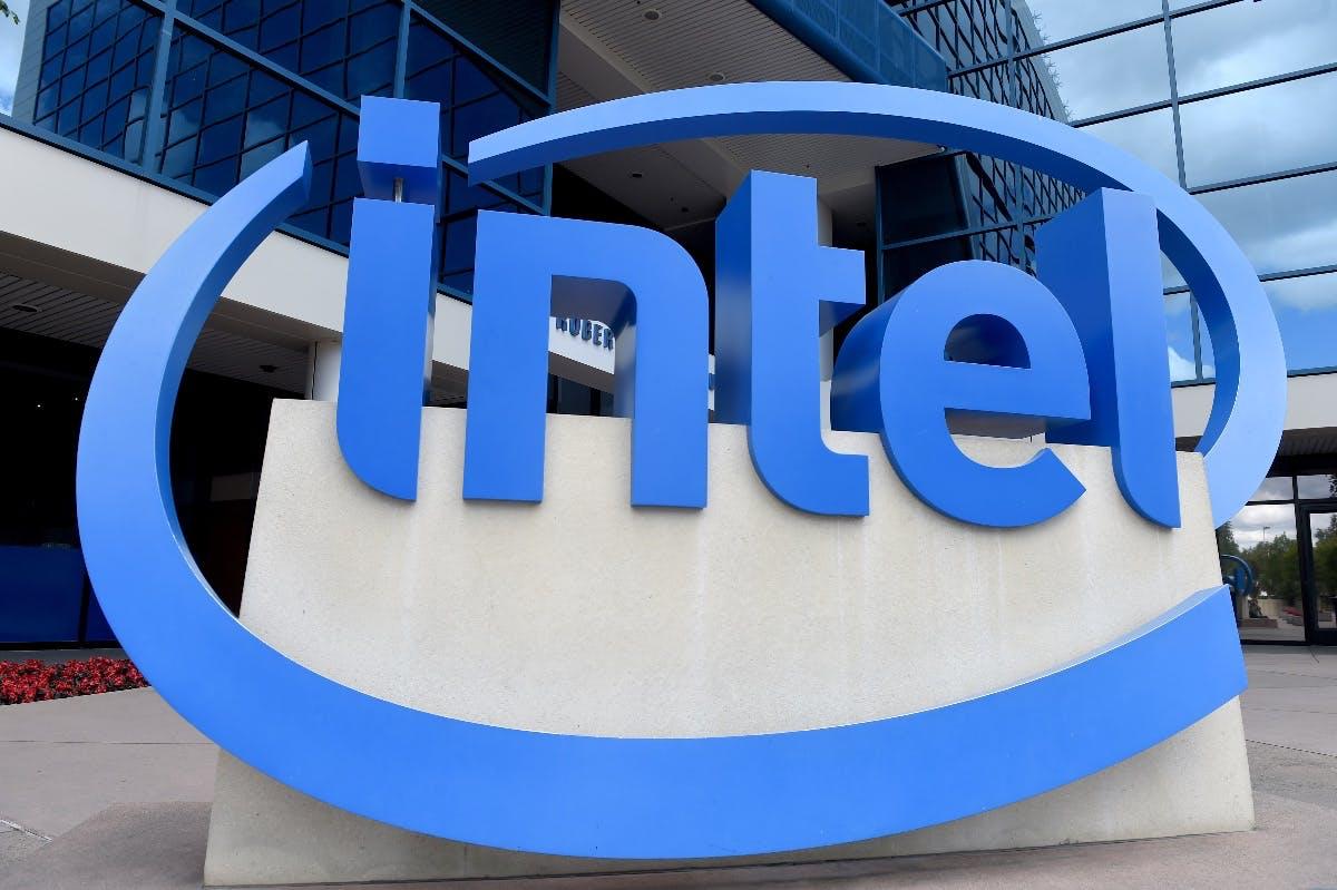 Intel zeigt smarte Brille, die euch nicht wie einen Cyborg aussehen lässt