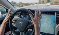 Tesla: Autopilot soll bald Ampeln und Kreisverkehre erkennen