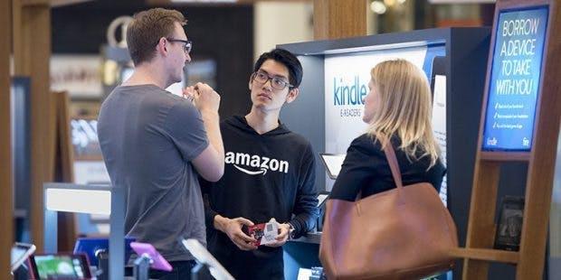 Beratung in Filialen leistet Amazon zwa rmittlerwiele auch, aber im Onlineshop übernehmen die Amazon-Bewertugnen oft diesen Job. (Screenshot: Amazon)