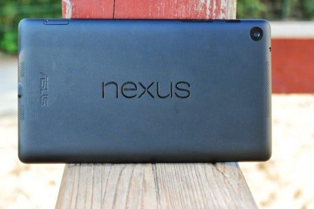 Das 2013er Nexus 7 von Google war wegen seiner Größe, aber auch wegen des sehr attraktiven Preis-/Leistungsverhältnisses äußerst beliebt. (Foto: Andreas Floemer)