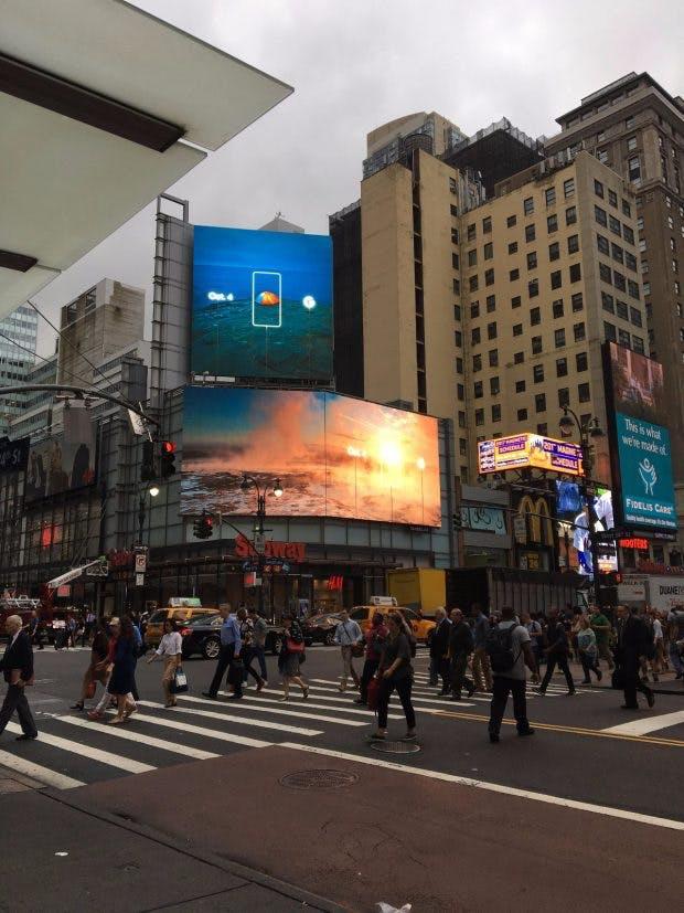 Die noch unangekündigten Google-Phones bekommen schon vor dem Event am 4. Oktober viel Aufmerksamkeit spendiert. (Foto: Imgur