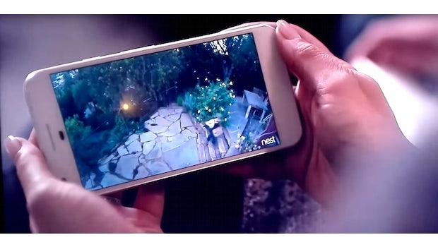 Das Pixel-Phone ist in einem Video der Google-Firma Nest gesichtet worden. (Bild: Nest)