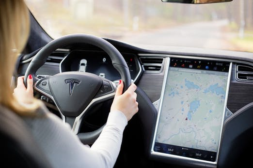 Ermittlungen abgeschlossen: Tesla nicht für tödlichen Autopilot-Unfall verantwortlich