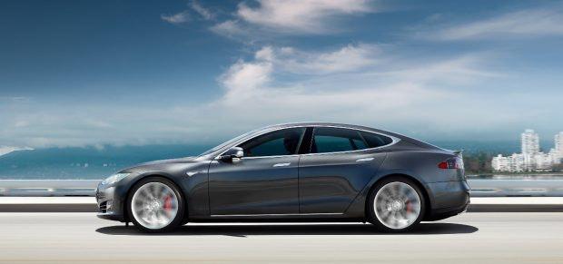 Das Tesla Model S hat auch hierzulandeFans.(Foto: Tesla)