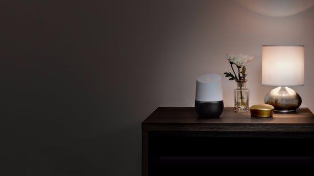 Google Home: Deutschland-Start der Amazon-Echo-Konkurrenz im August