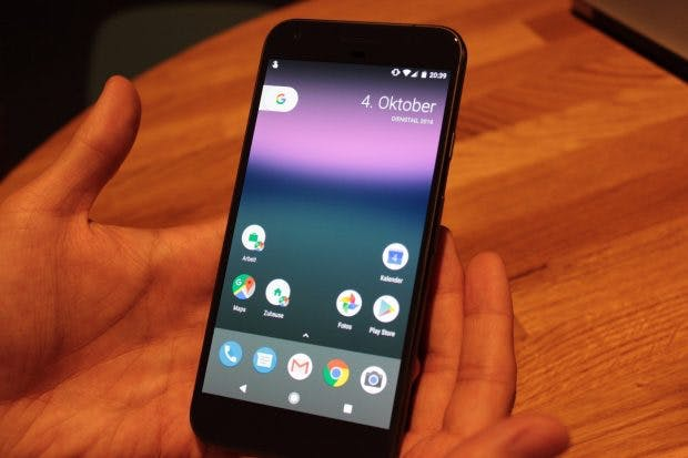 Pixel-Launcher mit runden Icons, kein App-Drawer-Icon und ein dynamisches Widget: Das bringt Android 7.1 Nougat für die neuen Google-Phones. (Foto: t3n)