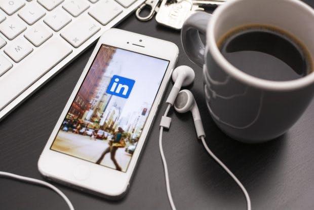 Linkedin legt starkes Nutzerwachstum hin – auch im deutschsprachigen Raum. (Foto: Twin Design / Shutterstock.com)