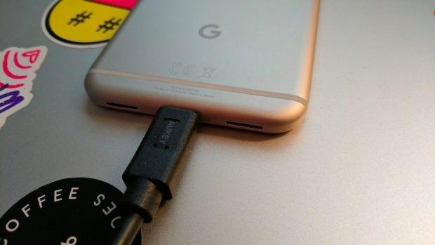 Danke Schnellladetechnologie sind die Pixel-Phones relativ schnell wieder geladen. (Foto: t3)