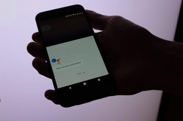 Der Google-Assistant ist tief in die Pixel-Phones eingebacken. (Foto: t3n)