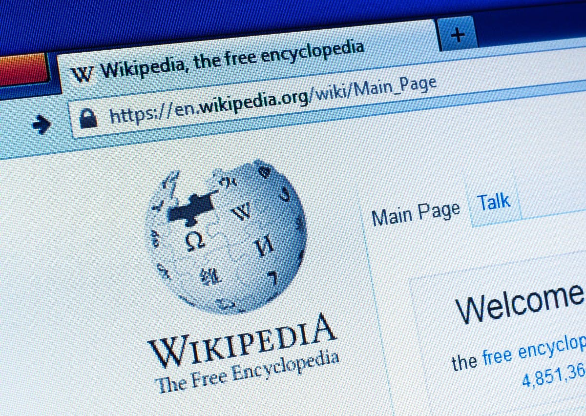 So könnten Wikipedia-Artikel automatisch überarbeitet werden