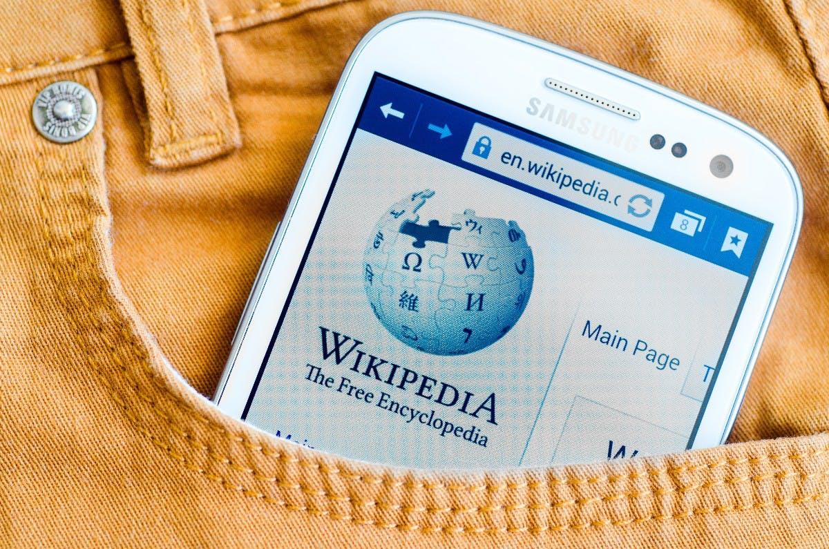 Uralt-Artikel: Wikipedia kämpft mit der Aktualität