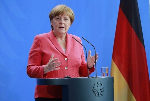 Angela Merkel warnt vor Meinungsmache durch Bots in sozialen Netzwerken. (Bild: 360b/Shutterstock.com)