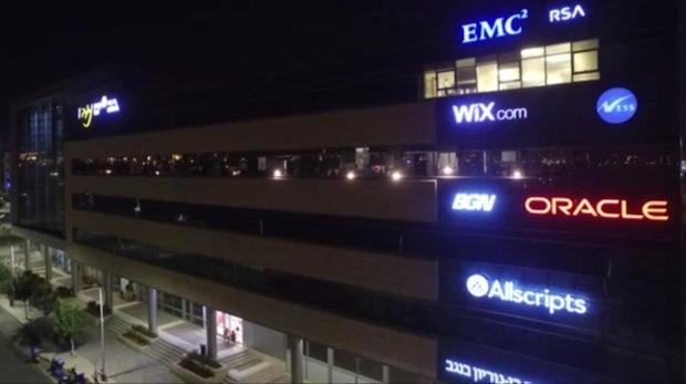 Philips Hue gehackt: Forscher kapern smarte Glühbirnen mit einer Drohne