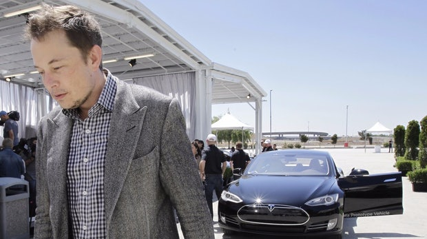 Tesla liefert so viele Fahrzeuge aus wie noch nie