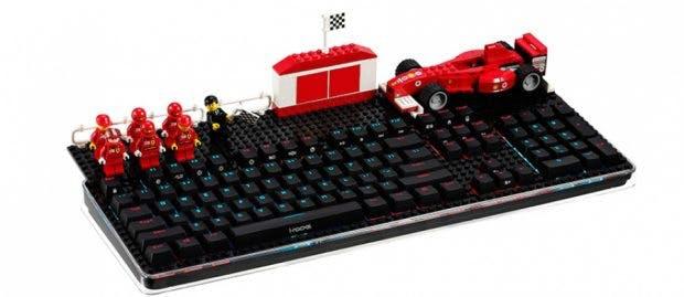 Ein Traum für Keyboard-Enthusiasten und Lego-Fans. (Foto: I-Rocks)