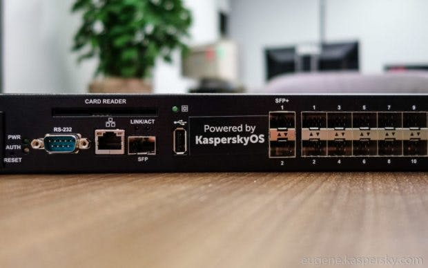 Premiere: Auf diesem Layer-3-Switch läuft das neue Kaspersky OS. (Bild: Kaspersky)