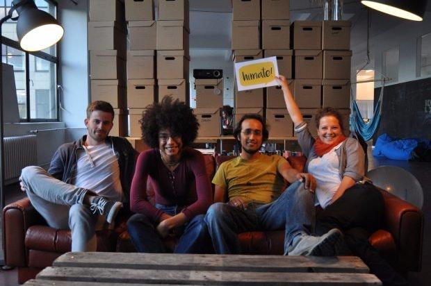 Mit dem Kinogutschein zur Integration – HiMate holt Flüchtlinge ins Leben zurück. (Foto: HiMate)