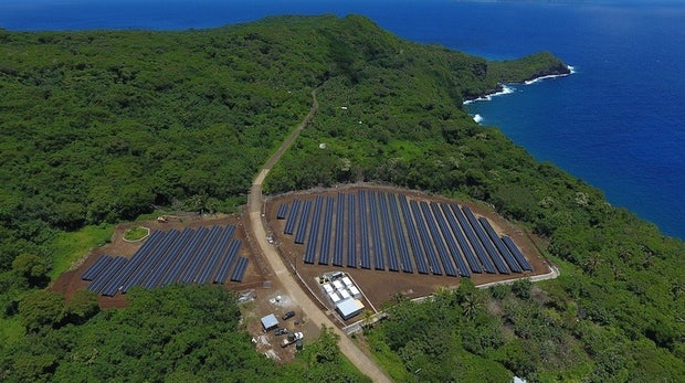 t3n-Daily-Kickoff: Tesla und Solarcity liefern den Strom für eine ganze Insel