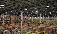 Corona: Amazon füllt Lager nach und beschränkt Einlieferungen auf wichtige Produkte