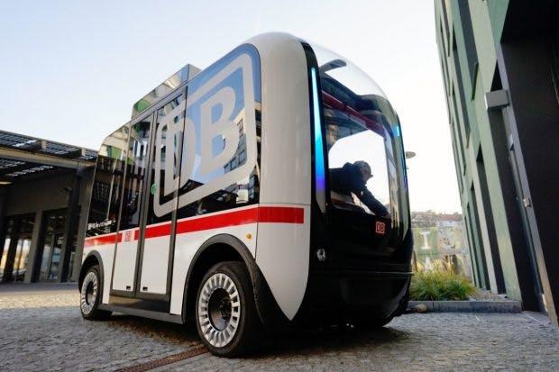 Deutsche Bahn stellt ersten autonom fahrenden Busverkehr in Deutschland vor. (Bild: Deutsche Bahn)
