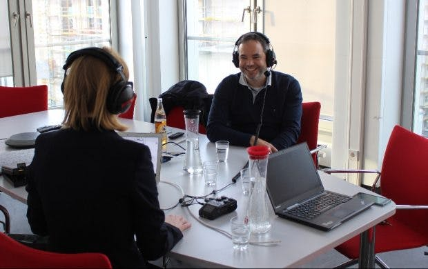 Im t3n-Podcast Filterblase erklärt Investor Florian Heinemann, in welche Bereiche die Startup-Szene vordringen muss. (Foto: Project A)