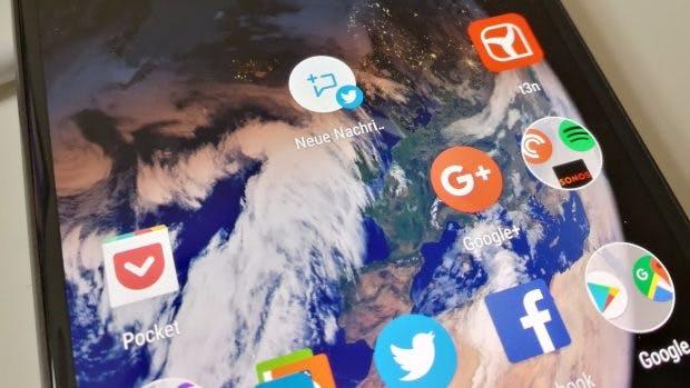 Dank der App-Shortcuts könnt ihr bestimmte Aktionen direkt auf dem Homescreen des Google Pixel ablegen. (Foto: t3n)