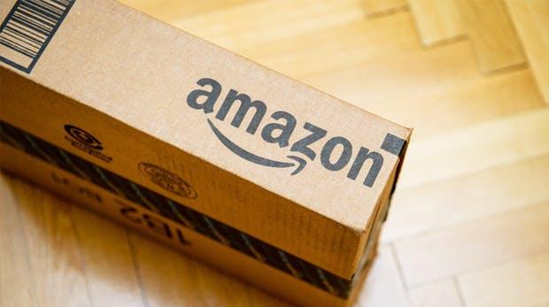Gehalt zu niedrig: Mitarbeiter schlafen angeblich in Zelten neben dem Amazon-Lager
