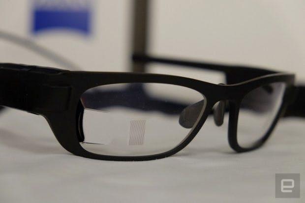 """Carl Zeiss hatte im letzten Jahr eine """"smarte Brille"""" vorgestellt. (Foto. engadget)"""