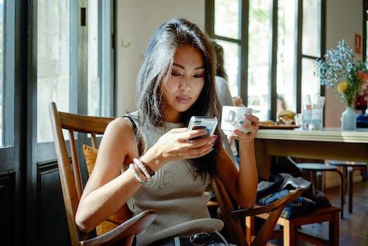Checkout on Instagram: Wie das neue Feature das Influencer-Marketing auf den Kopf stellen könnte