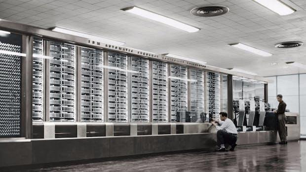 Wie ein Großrechner aus den 60ern eine Web-App mit Daten versorgt