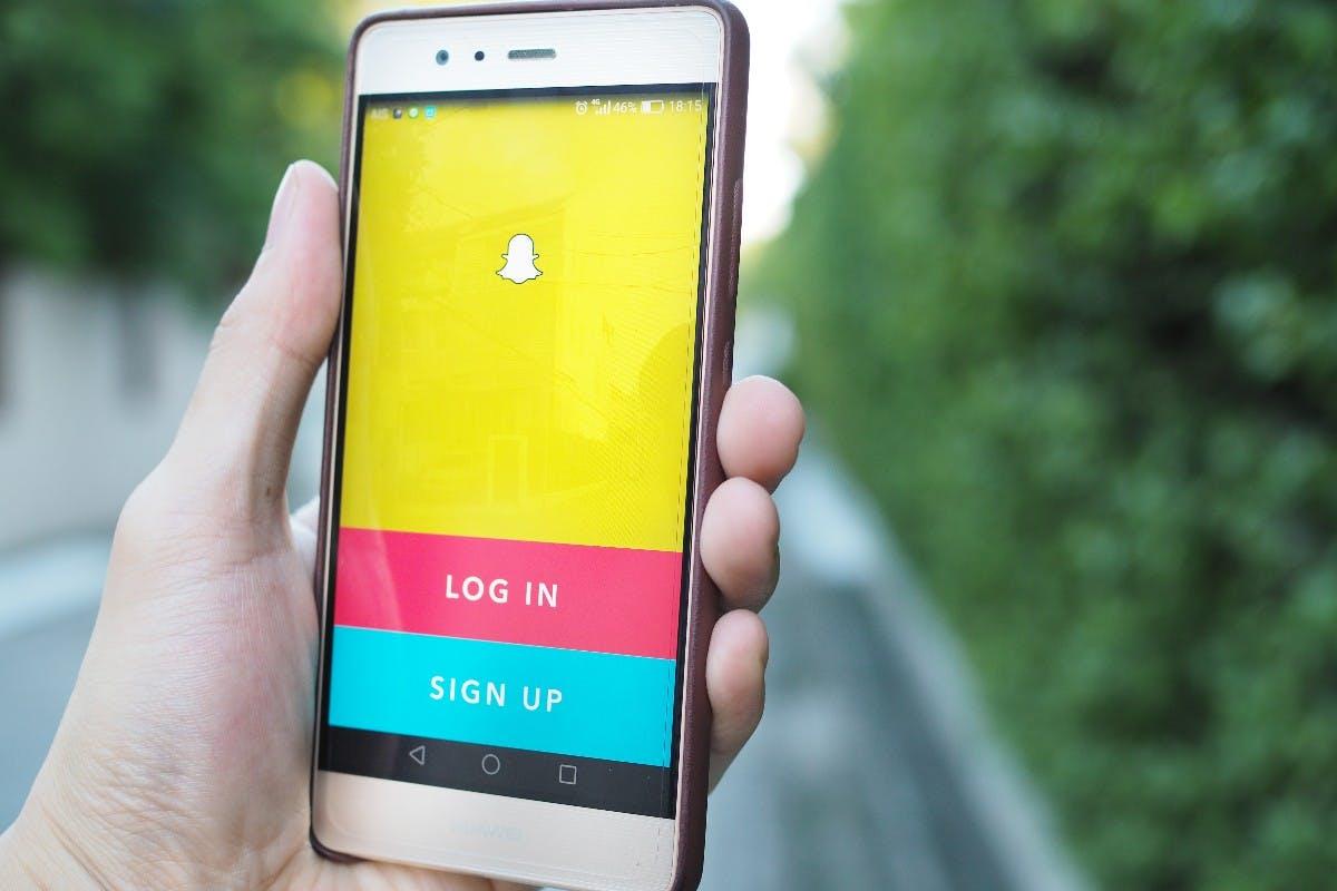 Snapchat: Ex-Mitarbeiter behauptet, dass sie Investoren falsche Nutzer-Statistiken zeigen